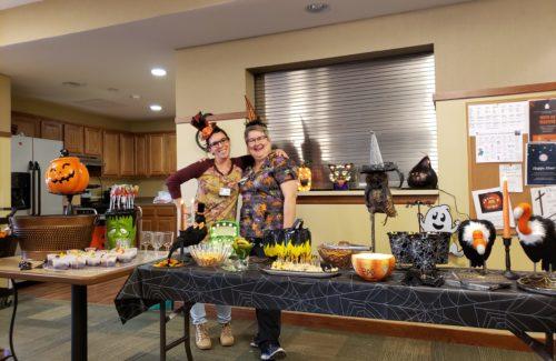 AL-Halloween-Happy-Hour-scaled-500x325